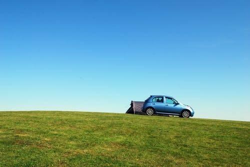 Por qué mi carro pierde fuerza en las subidas