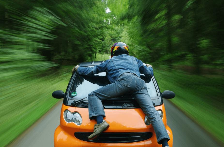¡5 cosas que NUNCA debes hacer en un AUTO!