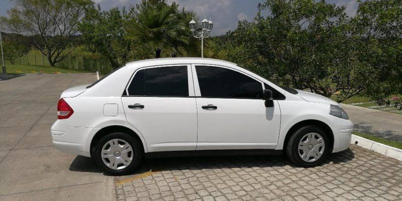 Nissan Tiida Mec 2011 - Venta de carros en guatemala