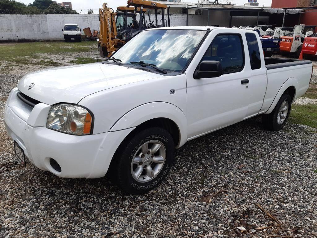Pickup Nissan Frontier 2004- venta de carros en guatemala