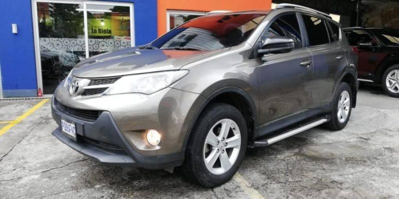 TOYOTA RAV 4 4WD AUTOMATICA MODELO 2014 DE AGENCIA - venta de carros en guatemala