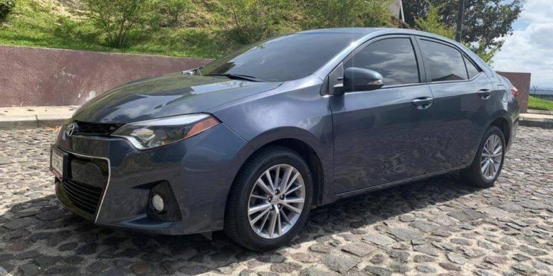 Toyota-Corolla-S-2015-Nitido-Venta-de-carros-en-guatemala
