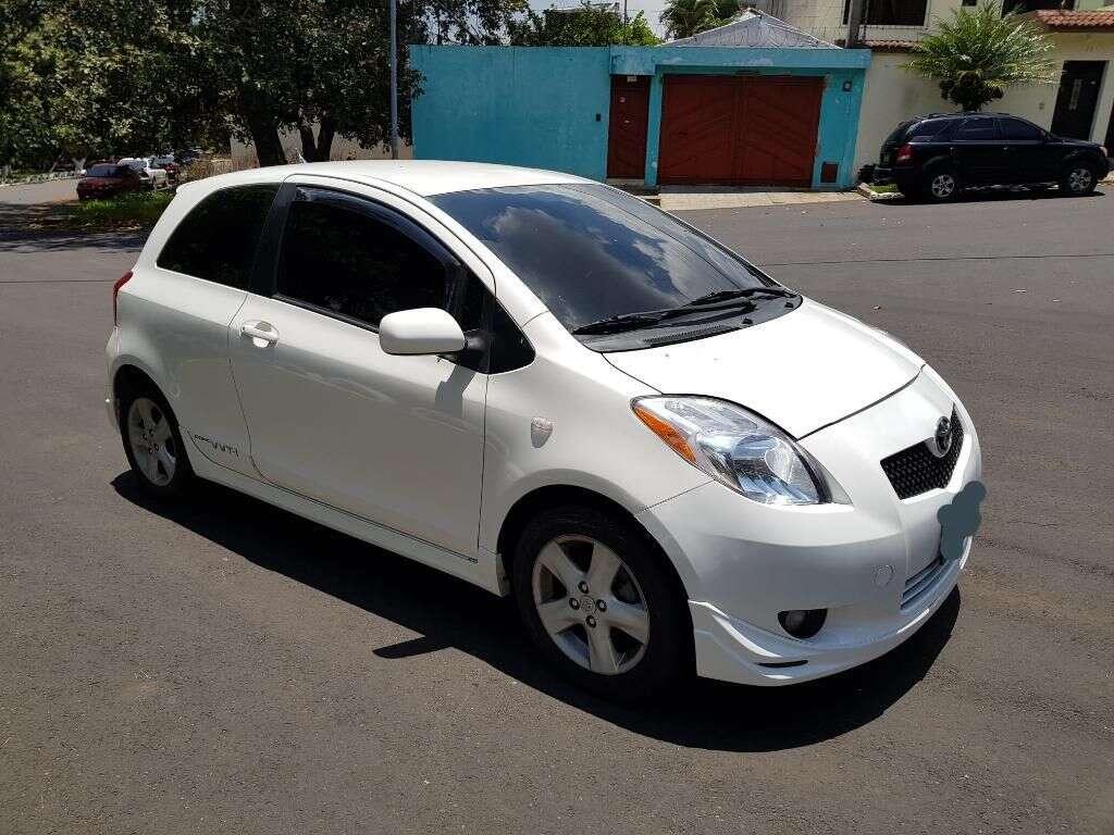 venta de carros en guatemala con fotos - toyota yaris