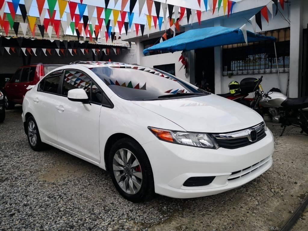 Honda Civic Ex 2012 - venta de carros en guatemala