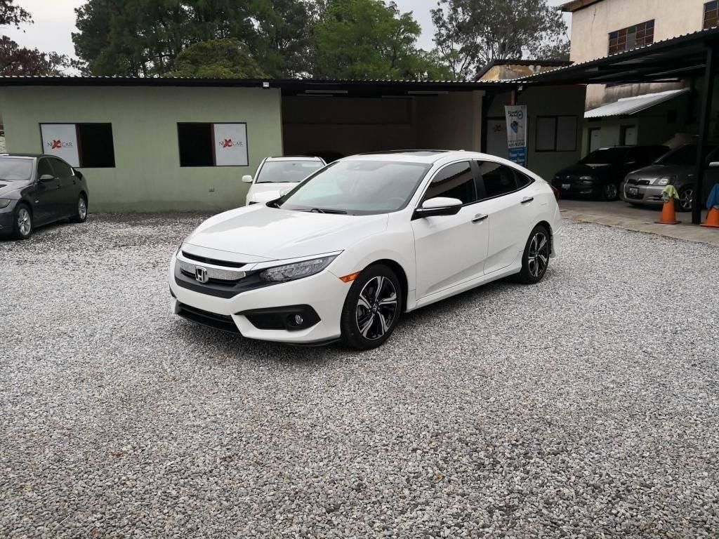 Honda Civic Touring Modelo 2017 - venta de carros en guatemala