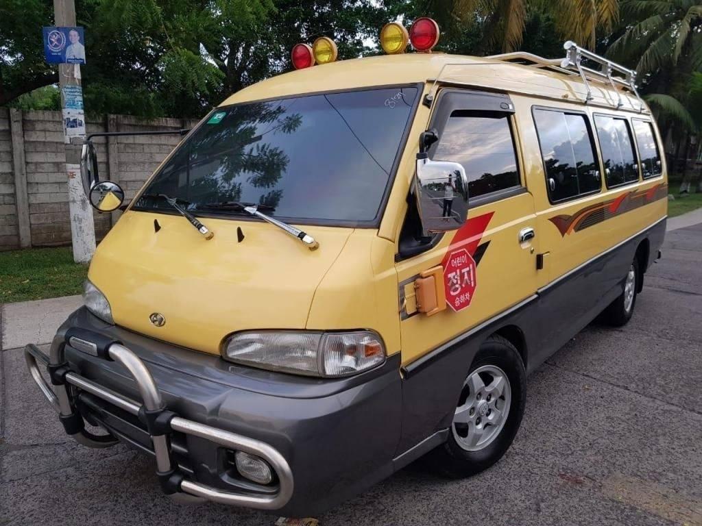 Microbus Hyundai grace 2003 turbo diesel - venta de carros en guatemala