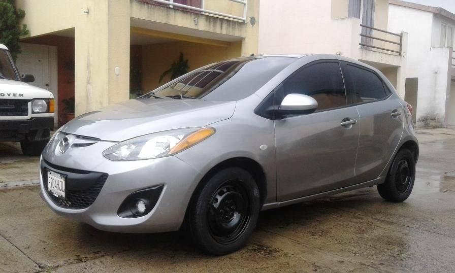 Mazda 2 Sport 2013 Automatico - Carros en Venta en Guatemala