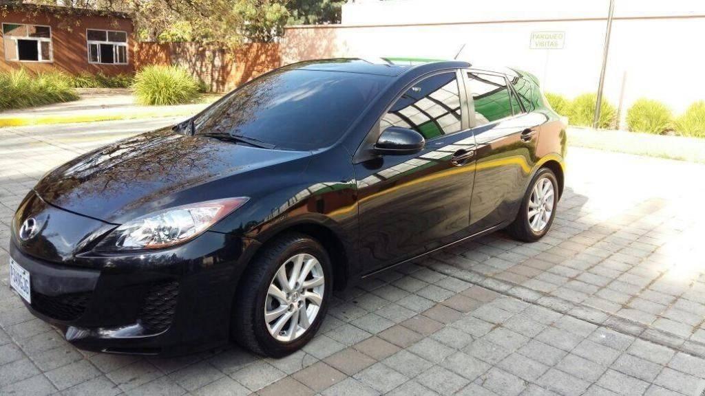 Mazda 3 Hatchback Mod 2012 full equipado - carros en venta en guatemala