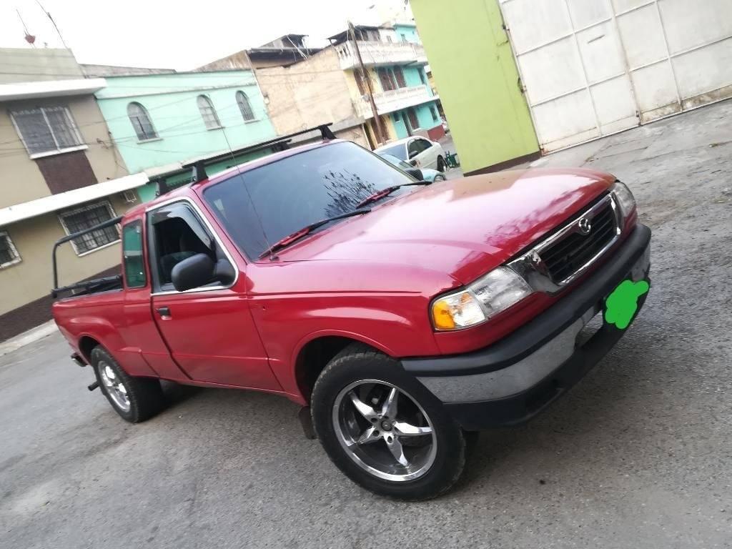 Pickup Mazda 4x2 - carros en venta en guatemala