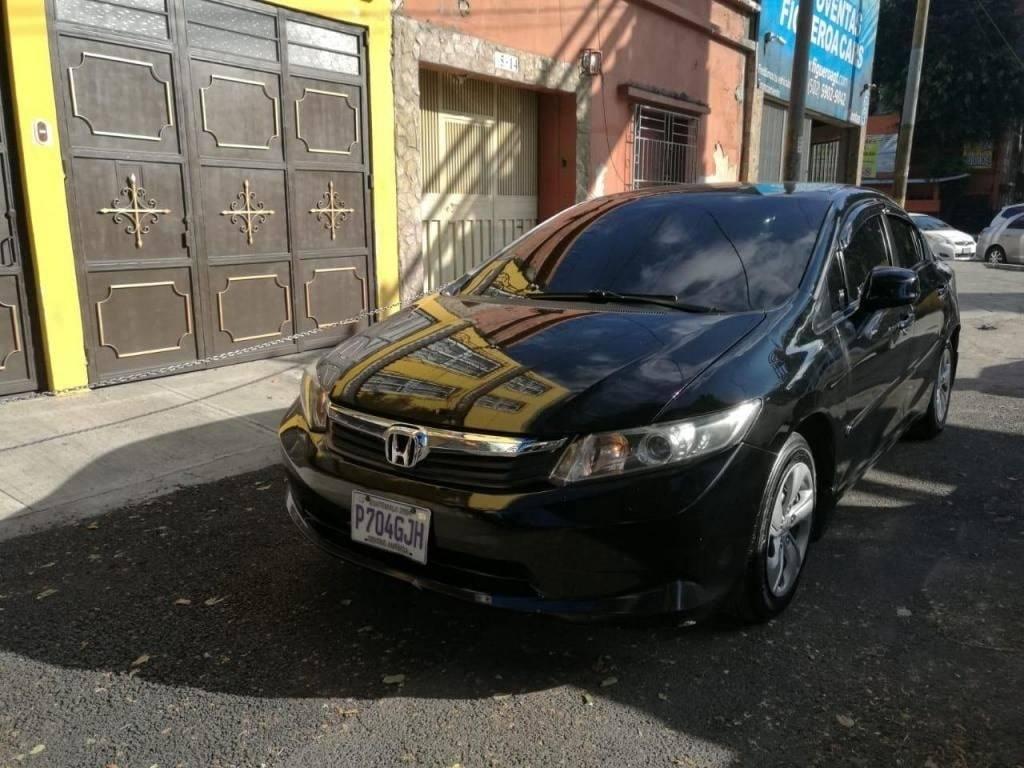 VENDO HONDA CIVIC 2012 - venta de carros en guatemala