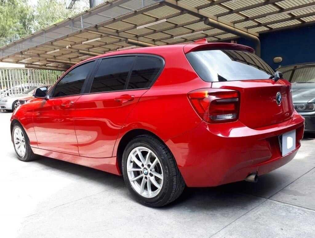BMW 114i MODELO 2013