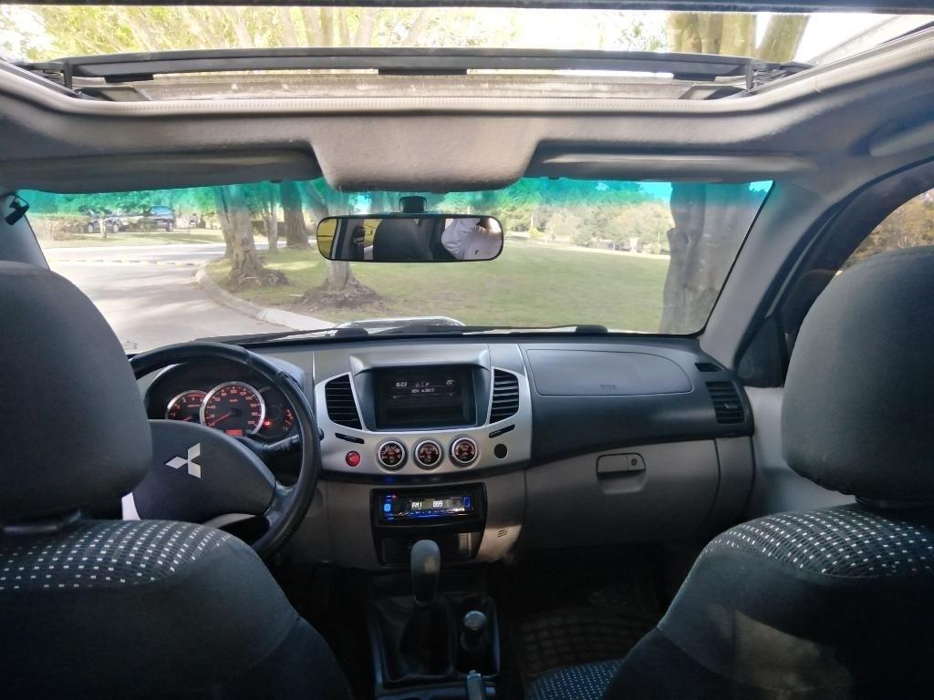 Compro Mitsubishi L200 En Guatemala Pick Up Mitsubishi L200 2016 Venta De Carros En Guatemala