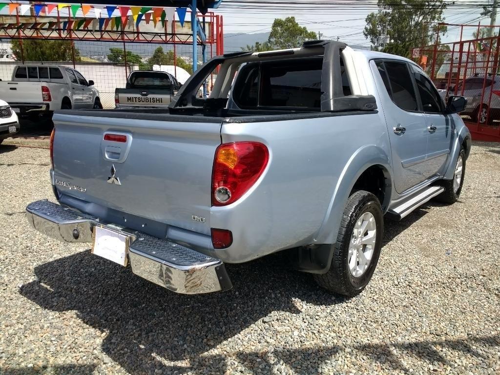 Compro Mitsubishi L200 En Guatemala Pick Up Mitsubishi L200 Sportero Venta De Carros En Guatemala