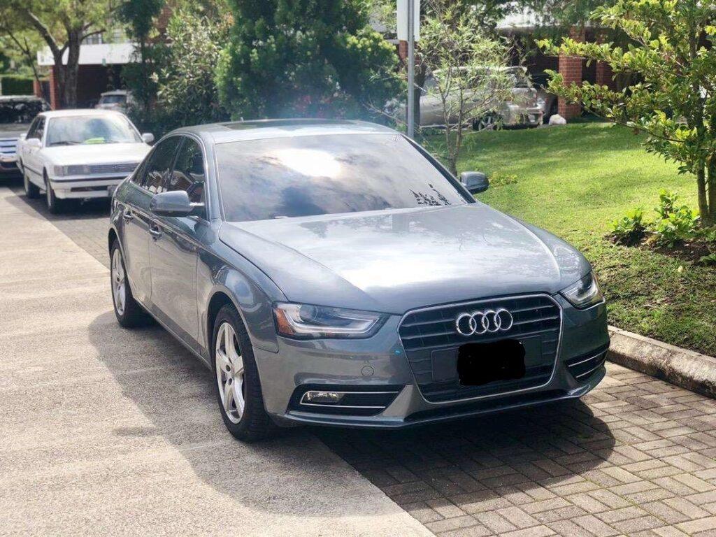 Carro Audi A4 2013 en venta