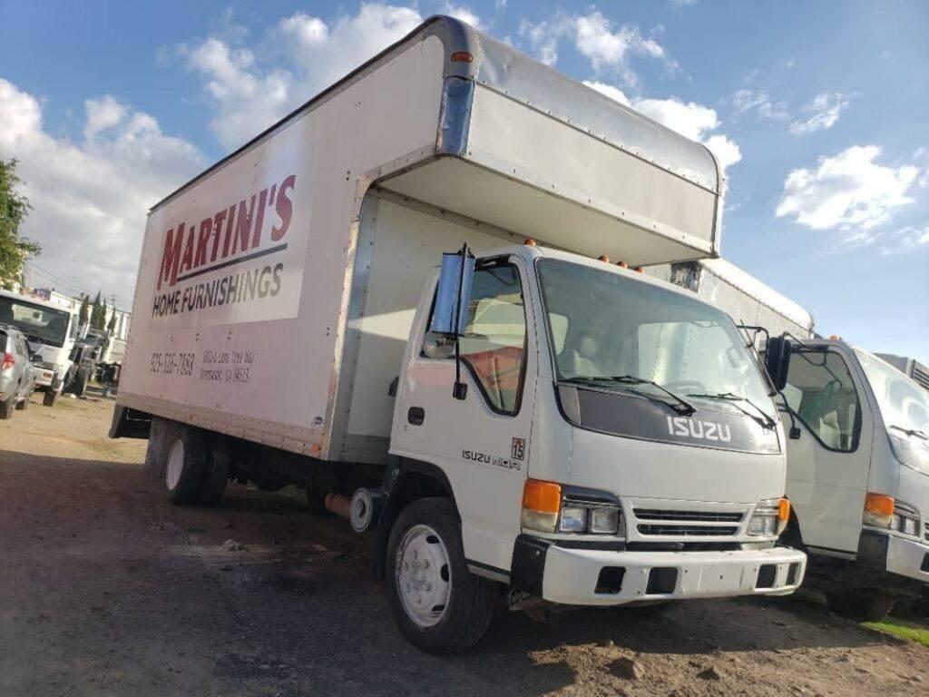 venta de camion furgon isuzu nqr 2002 guatemala